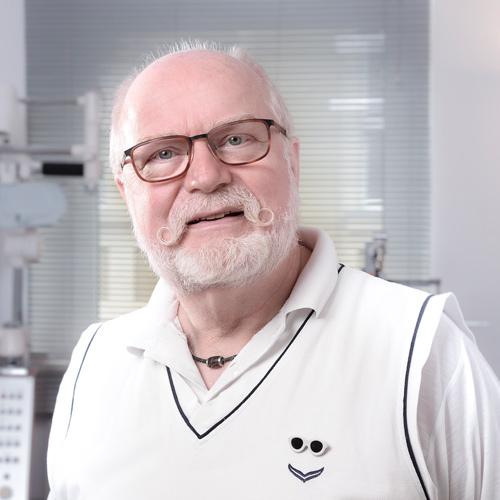 Dr.Schwarz_Portrait